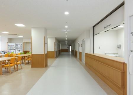 8.病棟 廊下
