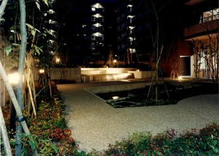 5.水の庭 夜景